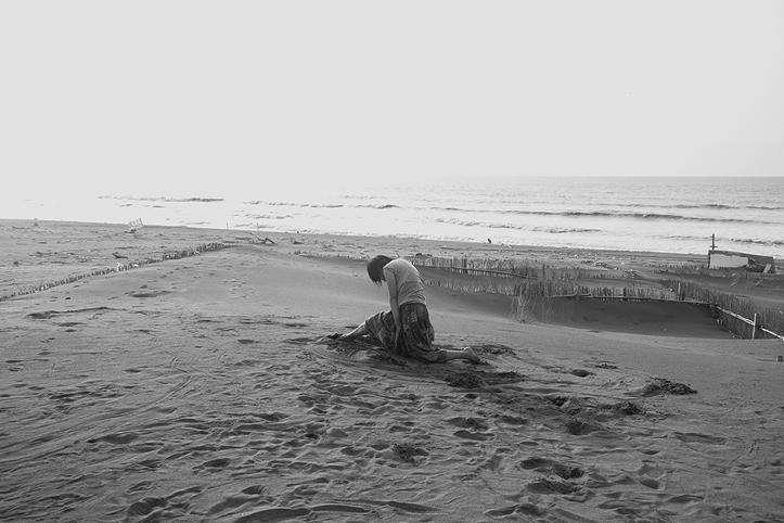 人像攝影 JCCHOW JCCREATIVE 用生命按下快門 女性攝影師 天地 黑白照 圖像00028.JPG