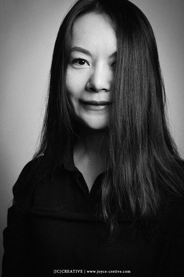 台灣 人像 肖像 攝影 用生命按下快門 簡約 PORTRAIT PHOTO PHOTOGRAPHY 家庭 影像 女性攝影師 中國 平潭 女性 知性 藝術家 黑白照 jccreative jcchow  圖像00001.JPG