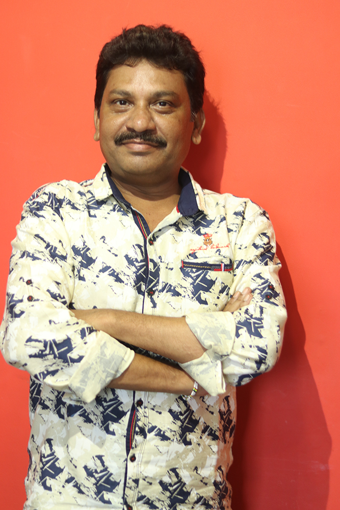 Manager IT: Suresh Solanki