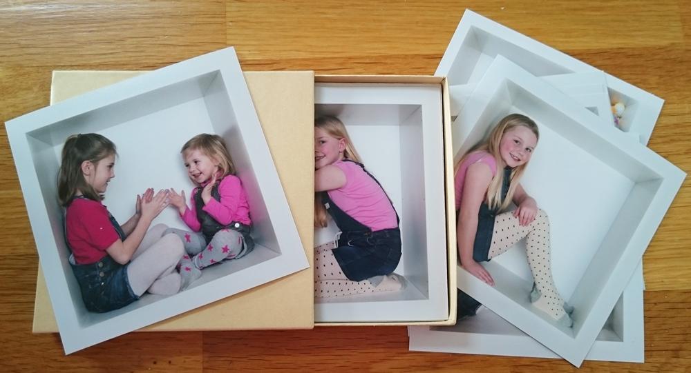 play box single square photos