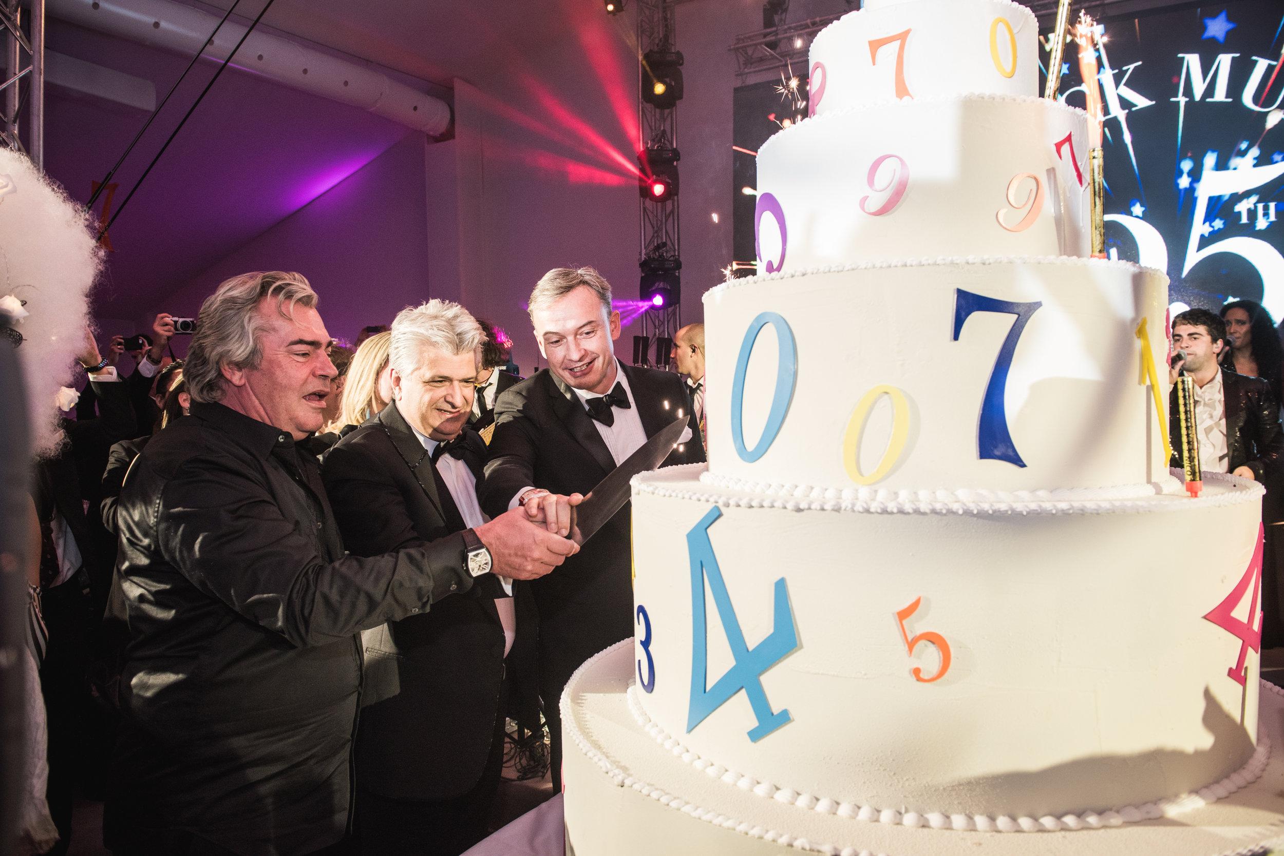 Franck-Muller-Inauguration-Cake.jpg