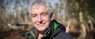 Tony Juniper, a guest in the programme who studied parrots in the Amazon.