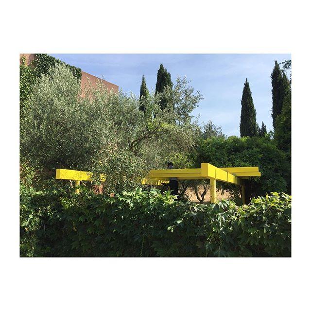 PERGOLA JAUNE ~ #yellow #pergola #custommade #architecture #steel #structure