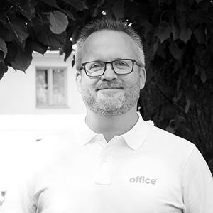 Kristoffer Östman  Tekniker  E-post:   kristoffer.ostman@office.se   Tel:   021-470 55 54