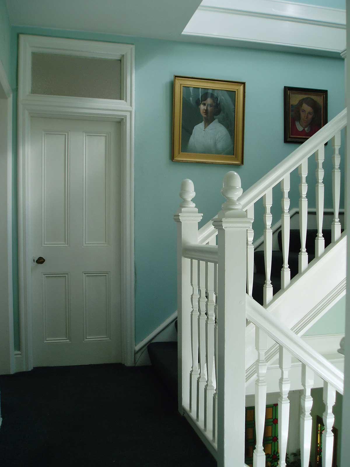 stairs_1.jpg