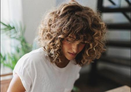Conseils pour dompter ses cheveux bouclés