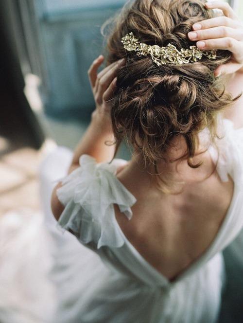 10 inspirations de chignons bohèmes mariage