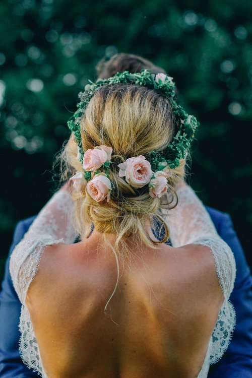 reporthair-coiffure-maquillage-mariage-chignon fleurs