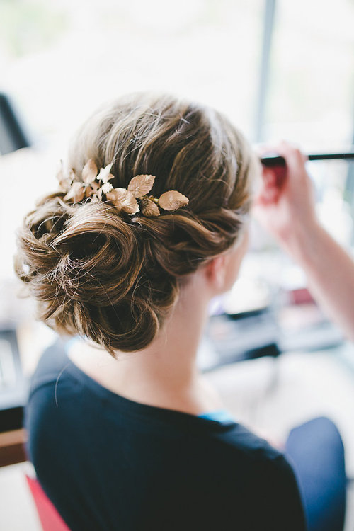 reporthair-coiffure-maquillage-mariage-chignon-feuille