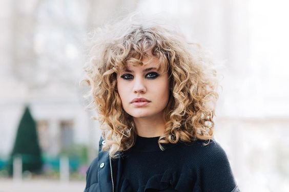 cheveu-boucle-blond