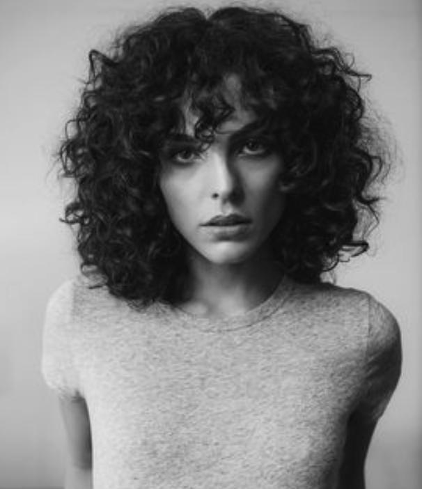 Quelle coupe pour les cheveux bouclés ?