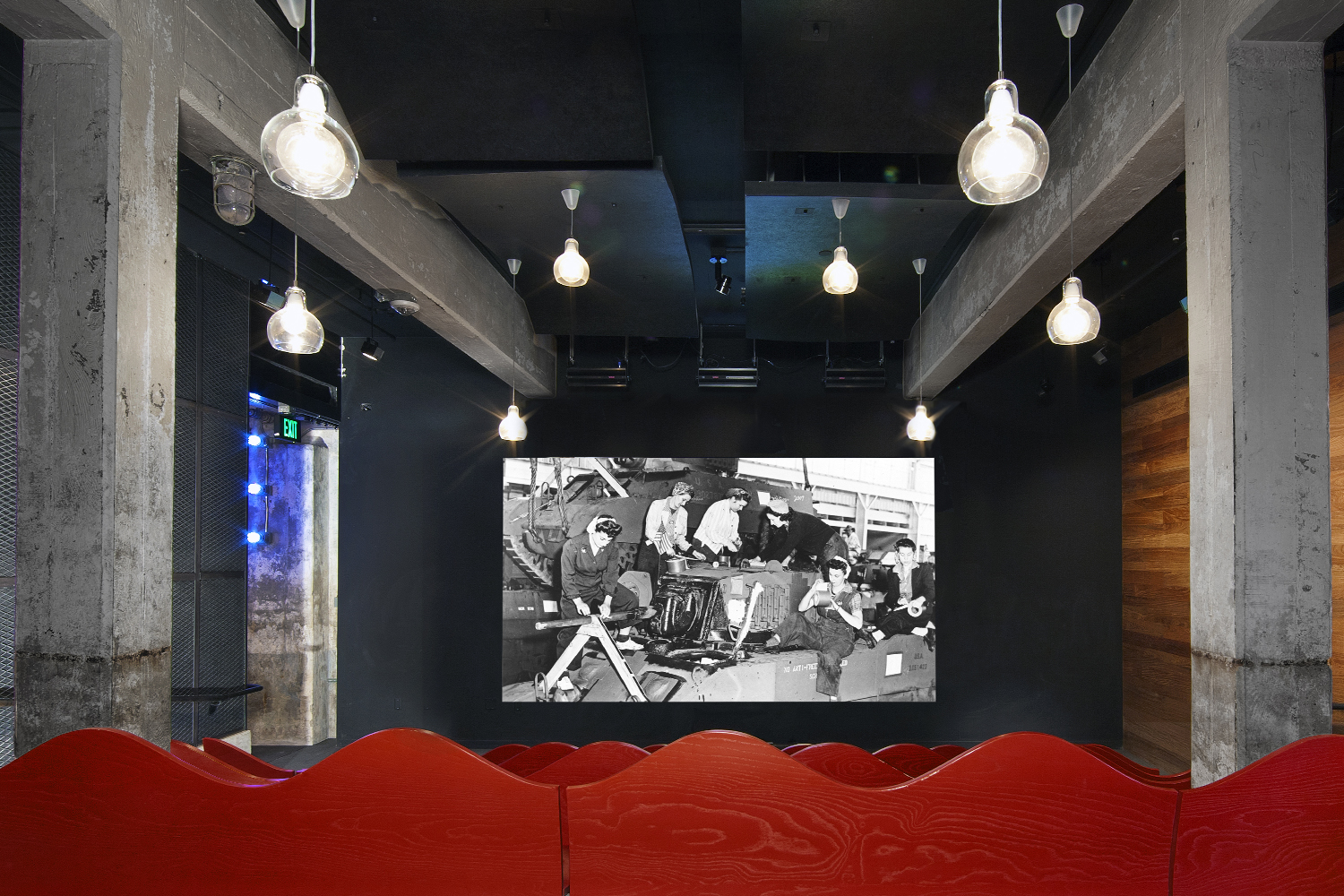 01_Projects_Rosie the Rivetor Visitor Center.jpg