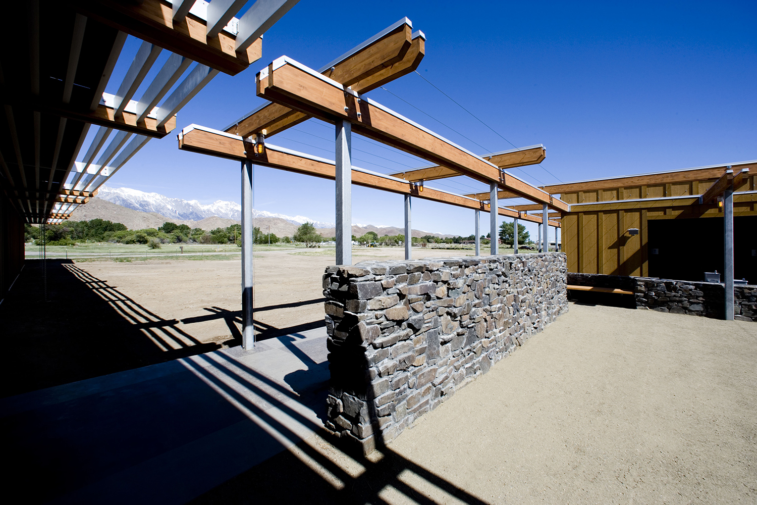 05_Projects_Eastern Sierra Inter-Agency Visitor Center.jpg