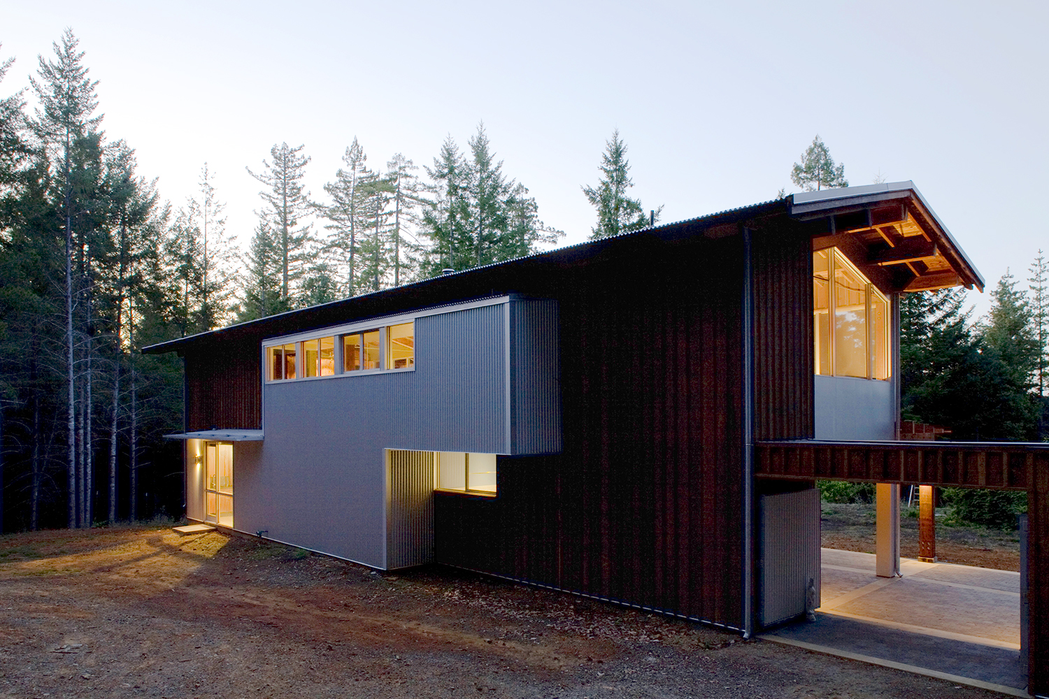 21_Projects_House for Two Artists.jpg