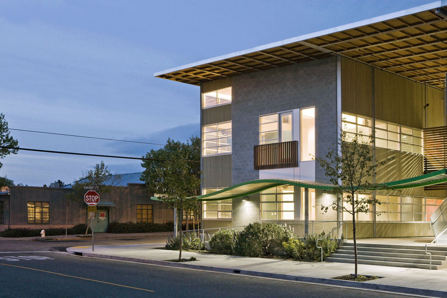 03_Projects_Green+Office+Building_2.jpg