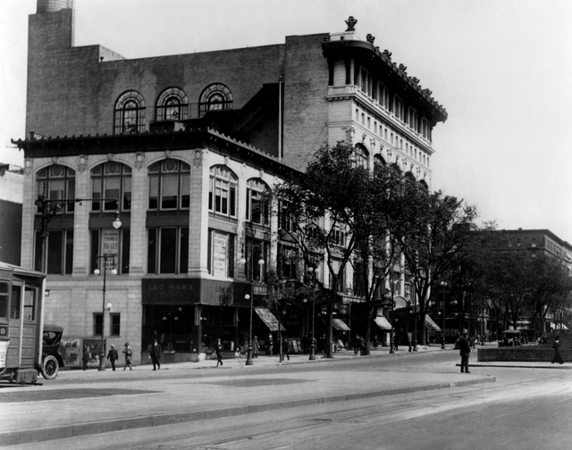 Riverside and Riviera Theater