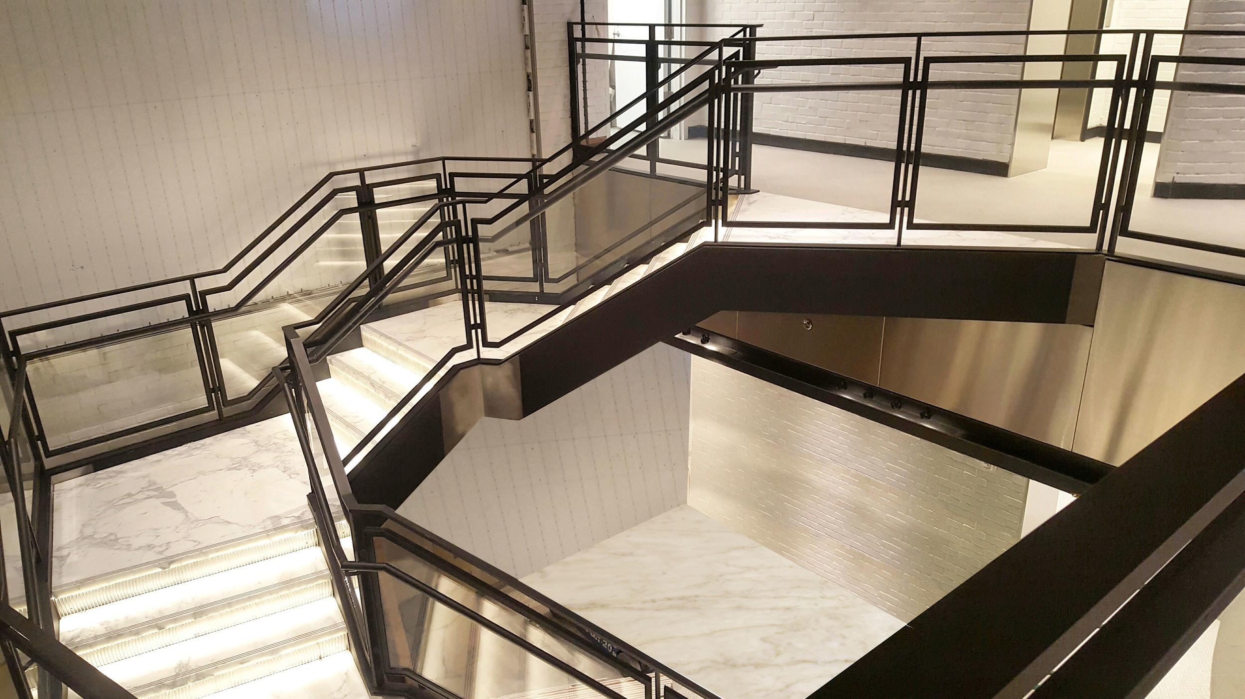 Samsung Stair 2.jpg