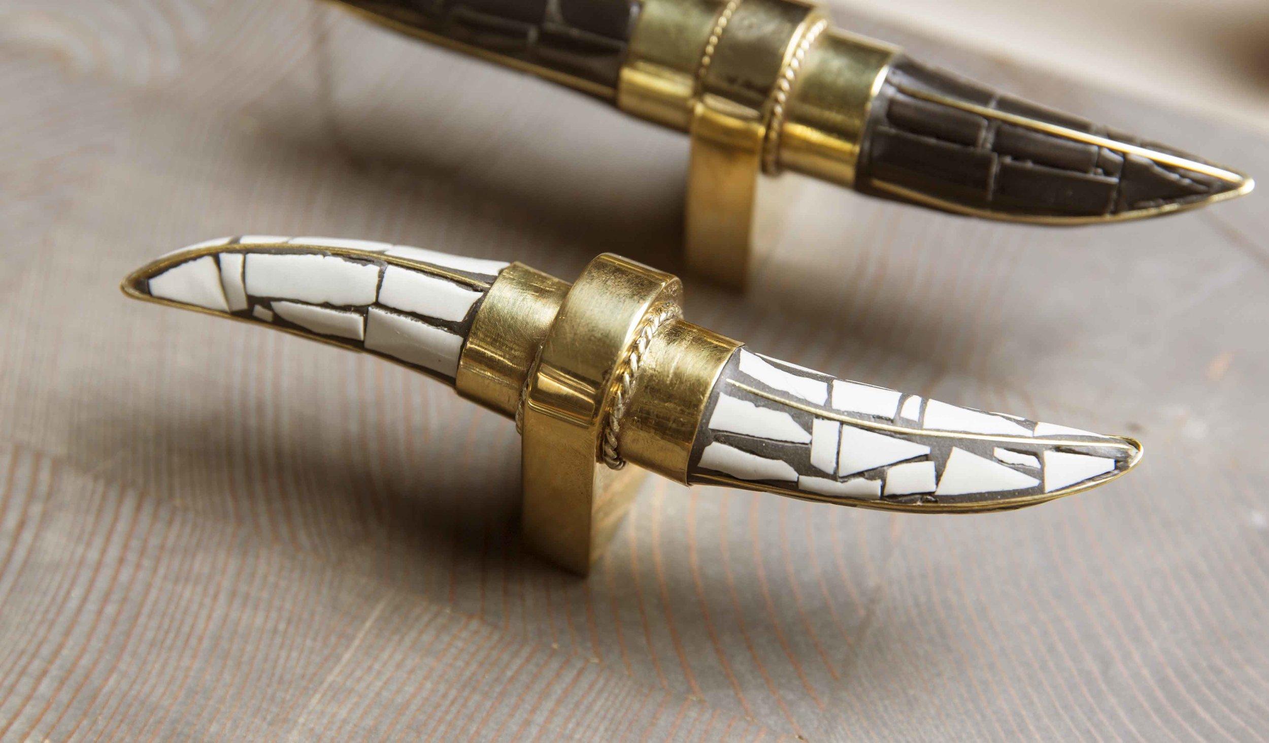 DLV Hardware Detail Horn Pieces crop amerstreet_oct16_0093.jpg