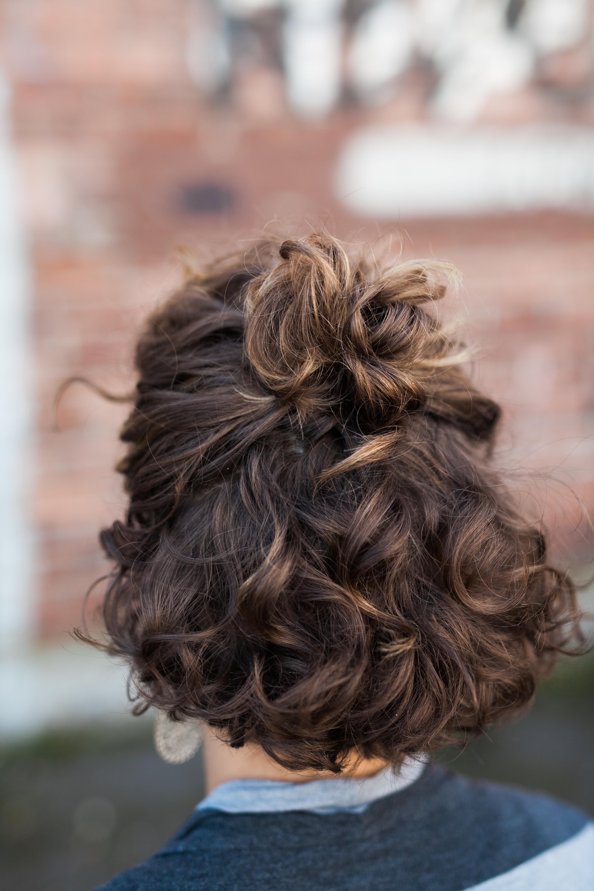Curly Hair Half Up Tutorial