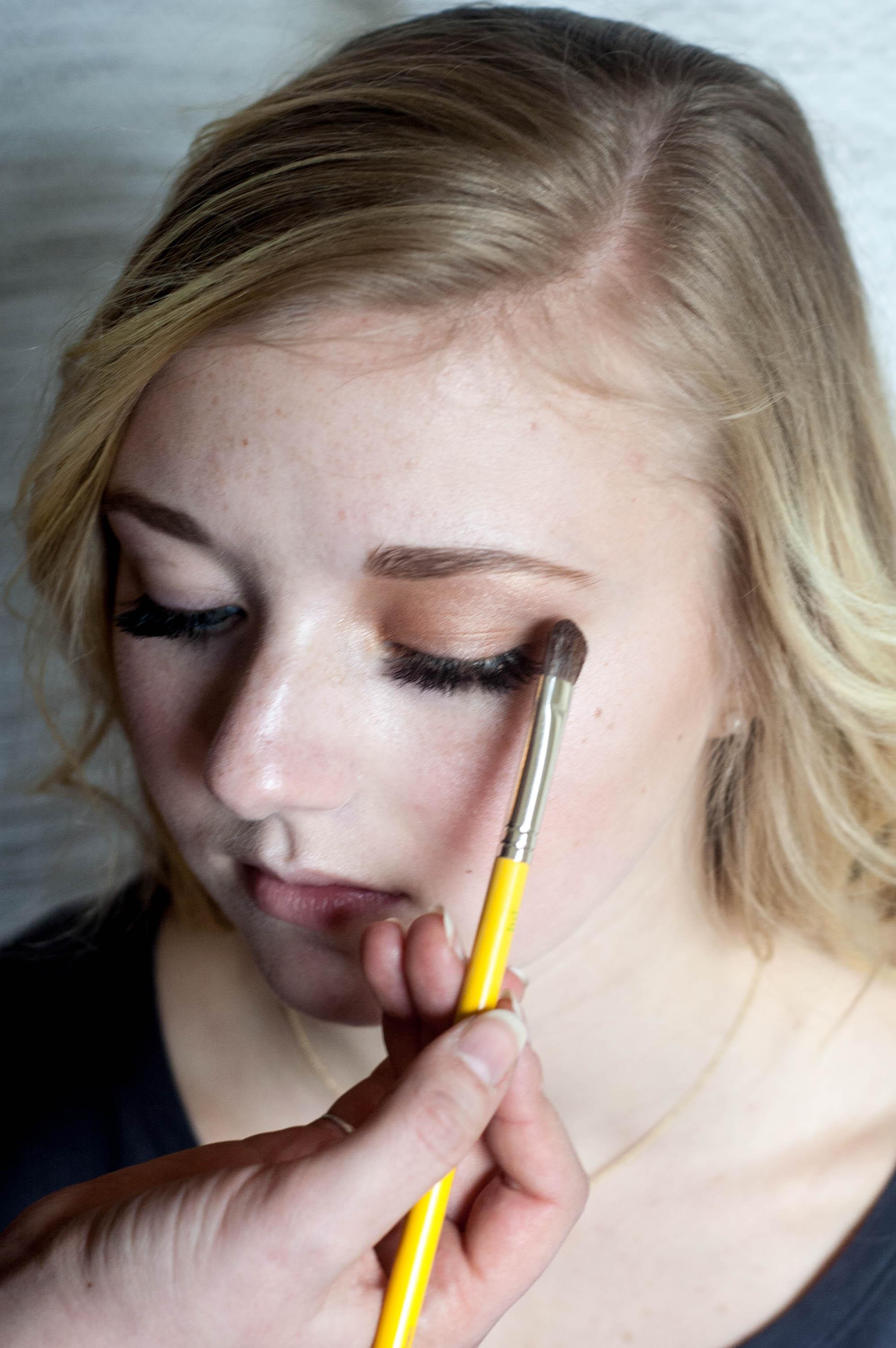 Bright Waterline Makeup Tutorial
