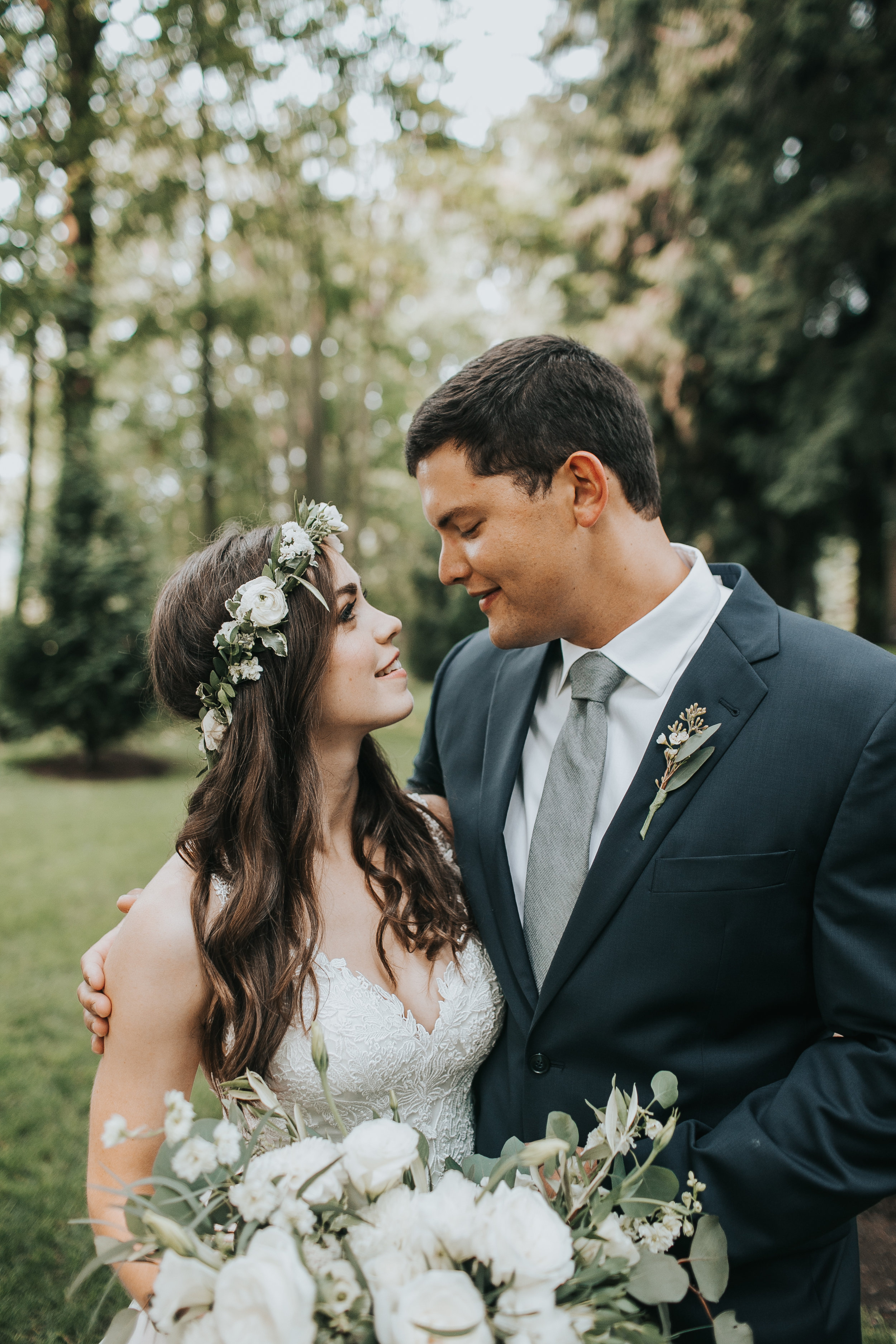 Tips for finding the perfect Bridal Makeup Artist!