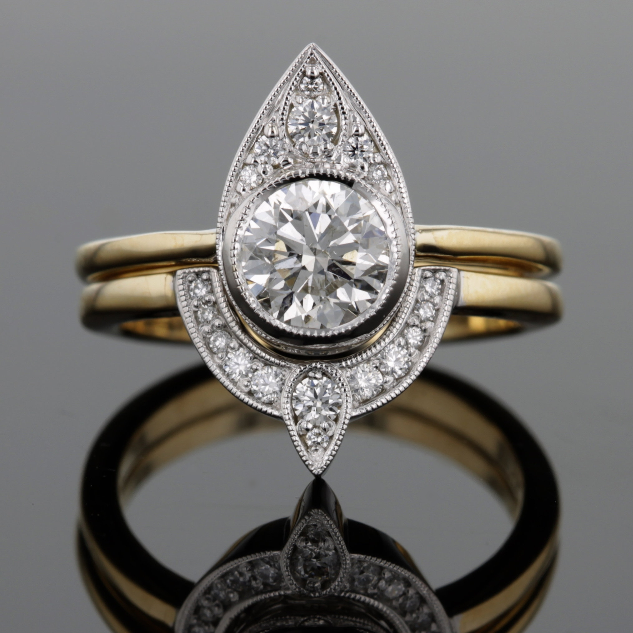 custom_vintage_diamond_yellow_gold_wedding_set.jpg