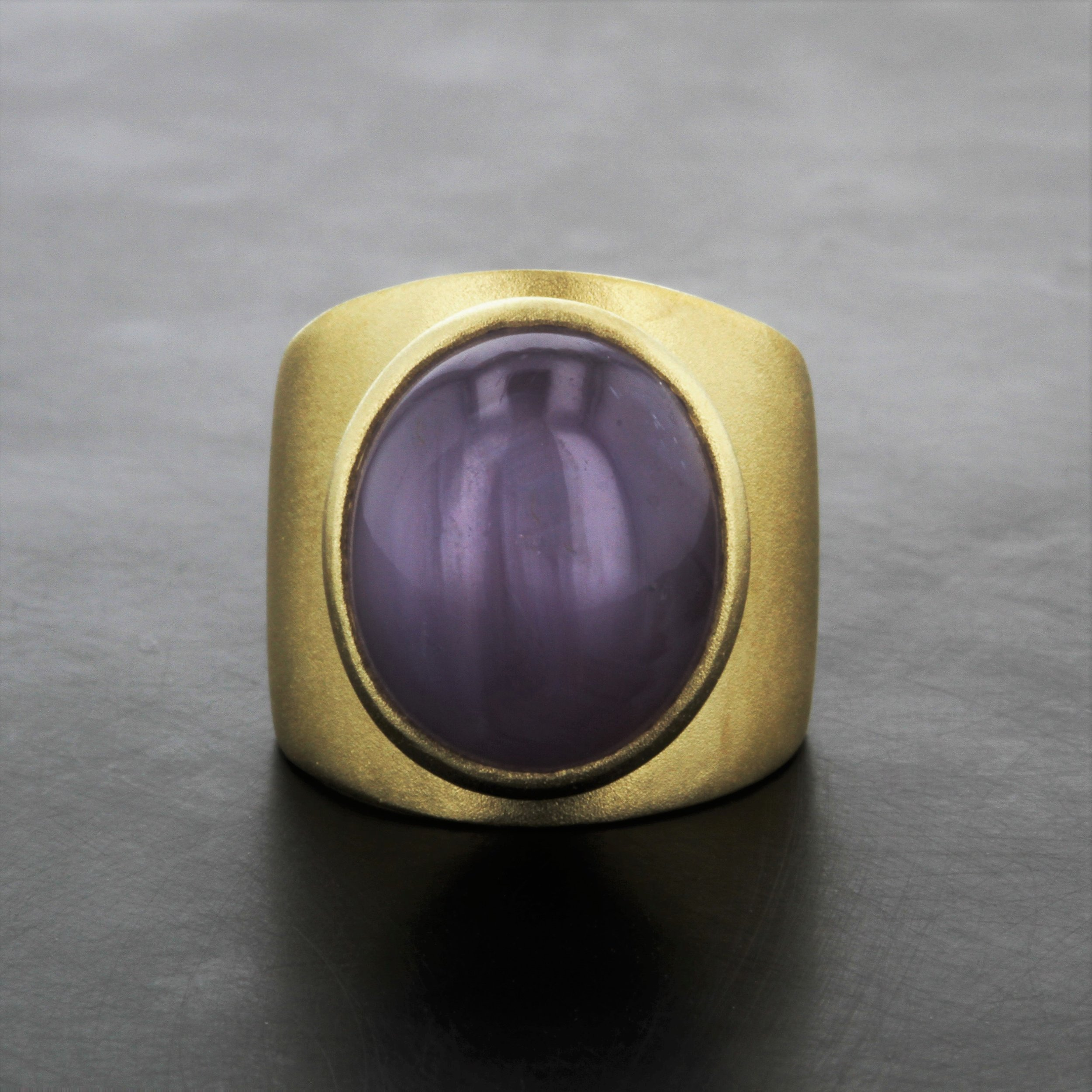 18K-yellow-gold-matte-texture-wide-cigar-band-ring-cabochon-star-ruby-custom.jpg