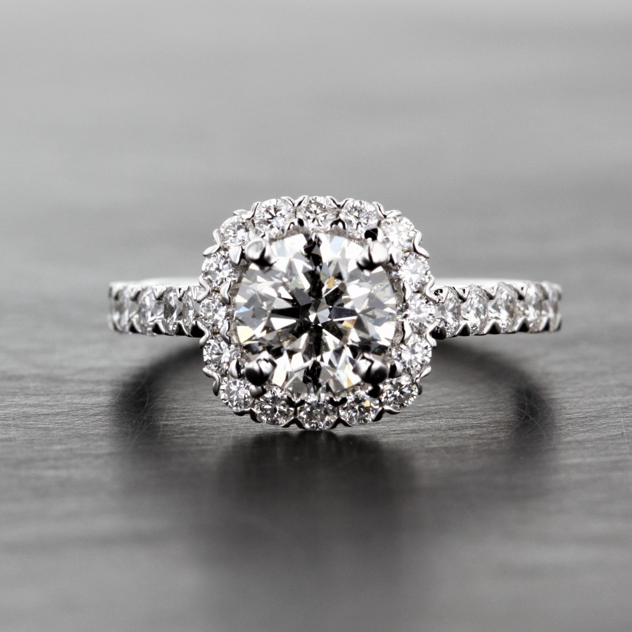 cushion-halo-round-diamond-white-gold-1ct-engagement-ring.jpg