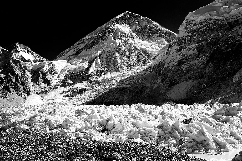 Everest Base Camp Line Drawing Pt3009.jpg