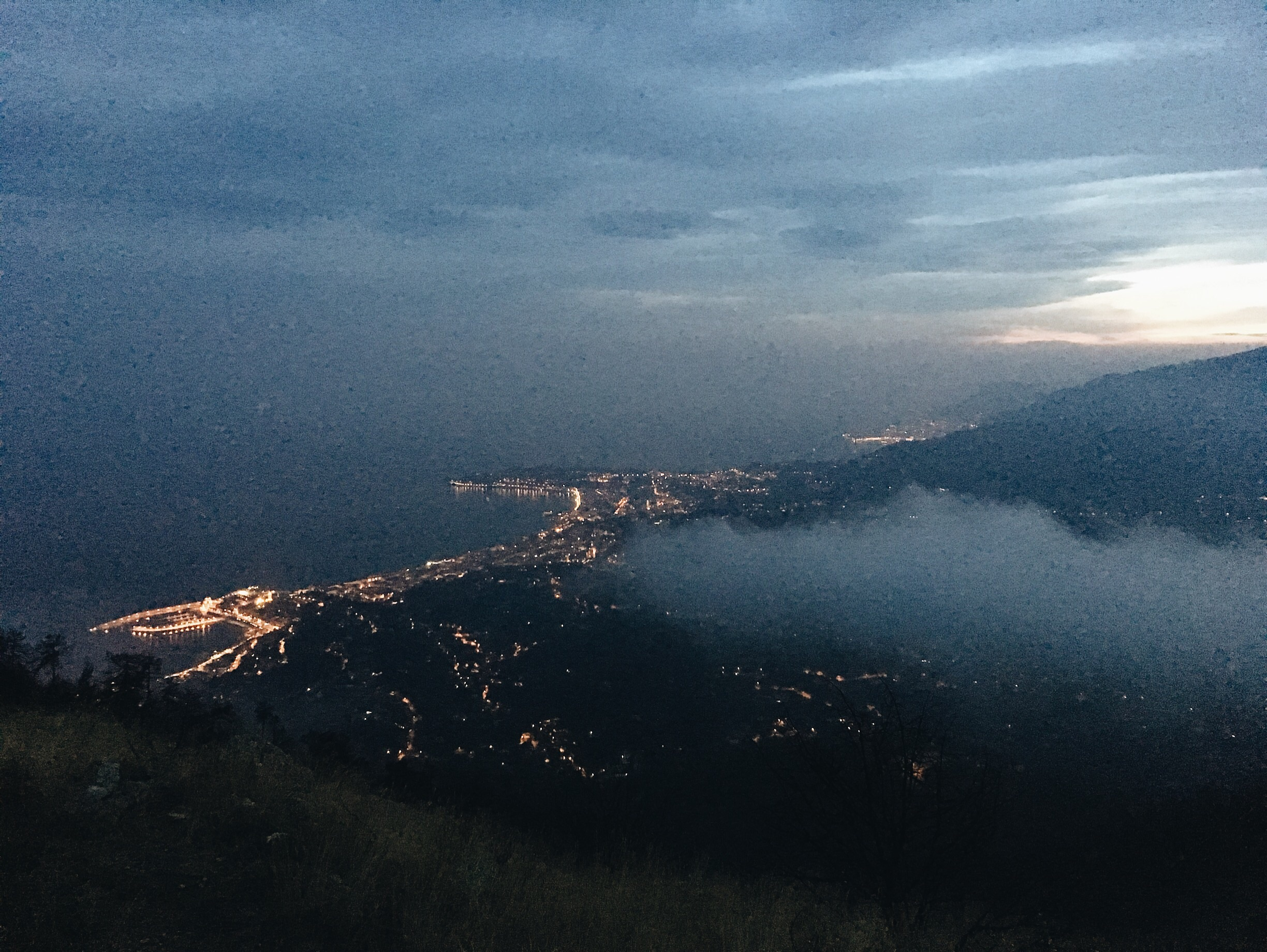 The clouds lift at 9pm and we see Menton and the sea finally!