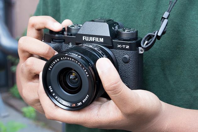 mirrorless-camera-fujifilm-x-t2-lowres-2024.jpg