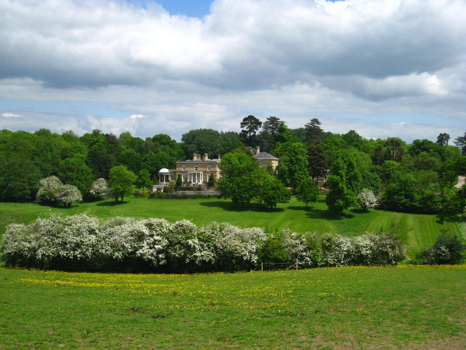 Ponsbourne-Park2.jpg