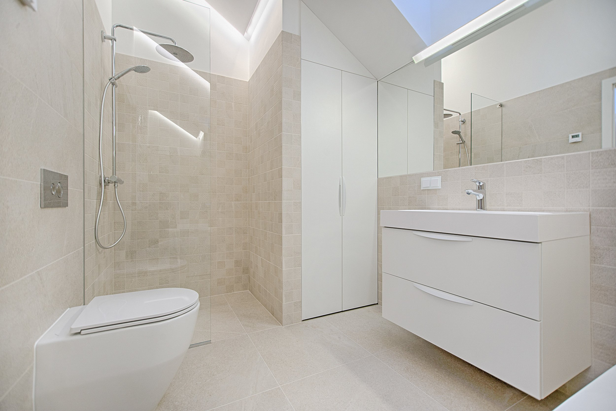 bathroom-cabinet-contemporary-1571462.jpg