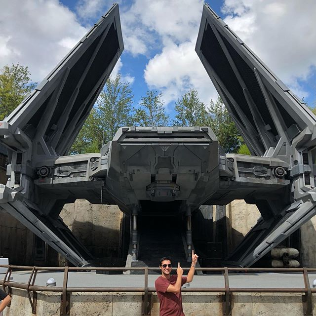 6 parks, 3 days and 1 very exhausting trip later #orlando was a blast  #hhn29 #universalstudios #disneyworld #starwars #starwarsgalaxysedge #travel