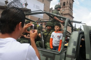 Teun Voeten participated in Mexico's independence day parade in Morelia, the capital of Michoacan.