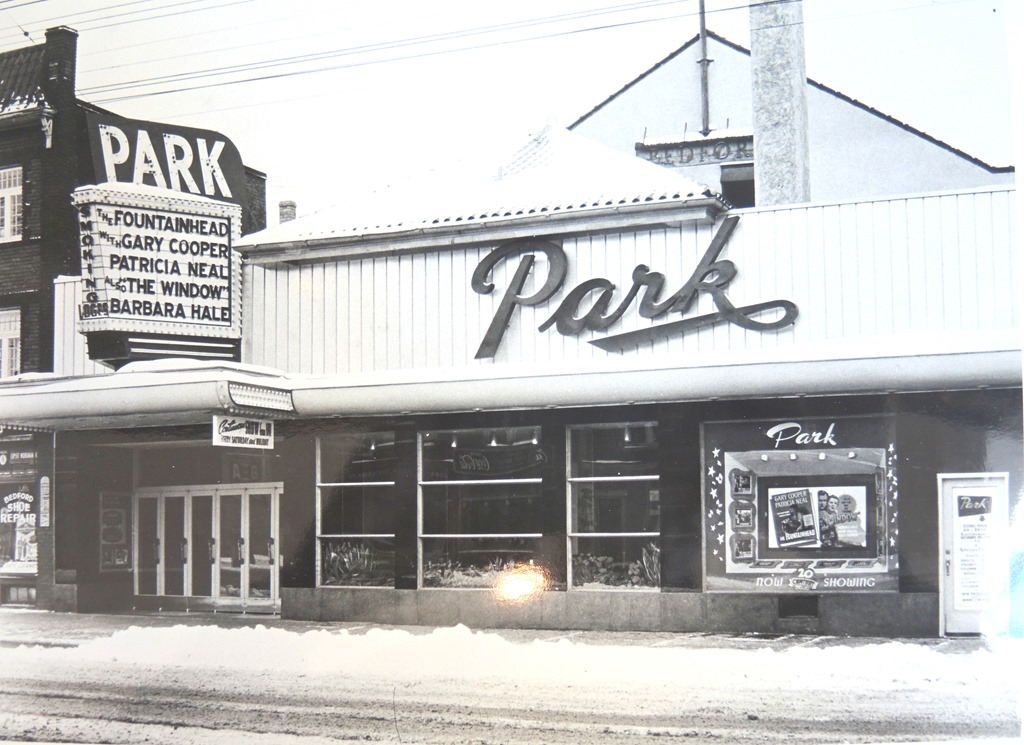 "Park Theatre Exterior - c. 1950.   Taylor, Doug. ""The theatre c. 1950 when it was named the Park."" Historic Toronto: Information on Toronto's History. Ontario Archives, AO 2163. tayloronhistory.com/2014/01/07/torontos-old-movie-theatresthe-bedford-park-theatre-on-north-yonge-st/"