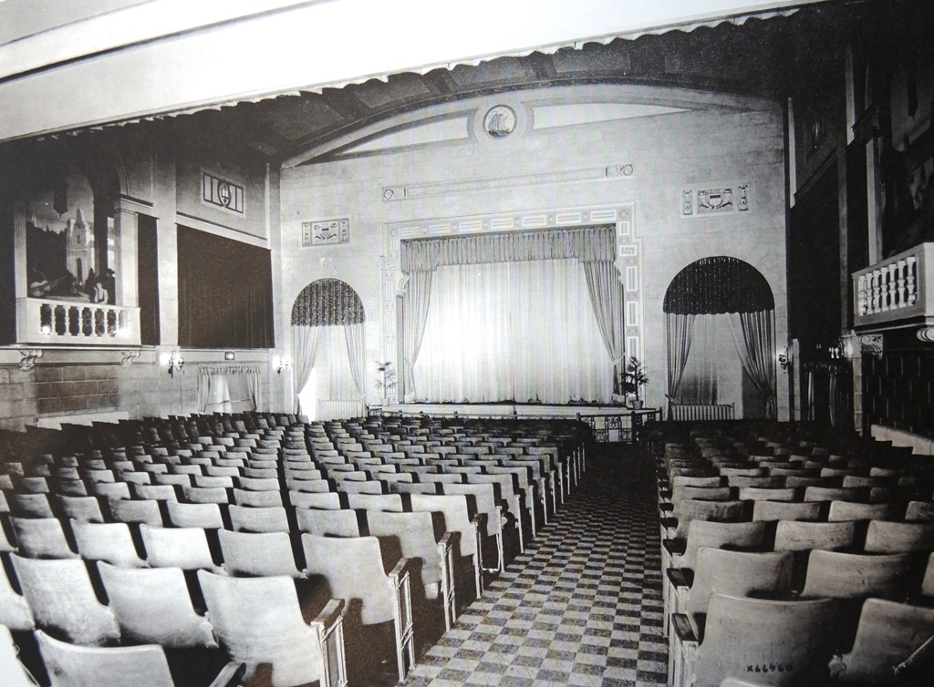 "Regent Theatre Interior - 1927  ""About/History."" The Regent Theatre Toronto. regenttoronto.com/about/  City of Toronto Archives, Series 1278, File 27."