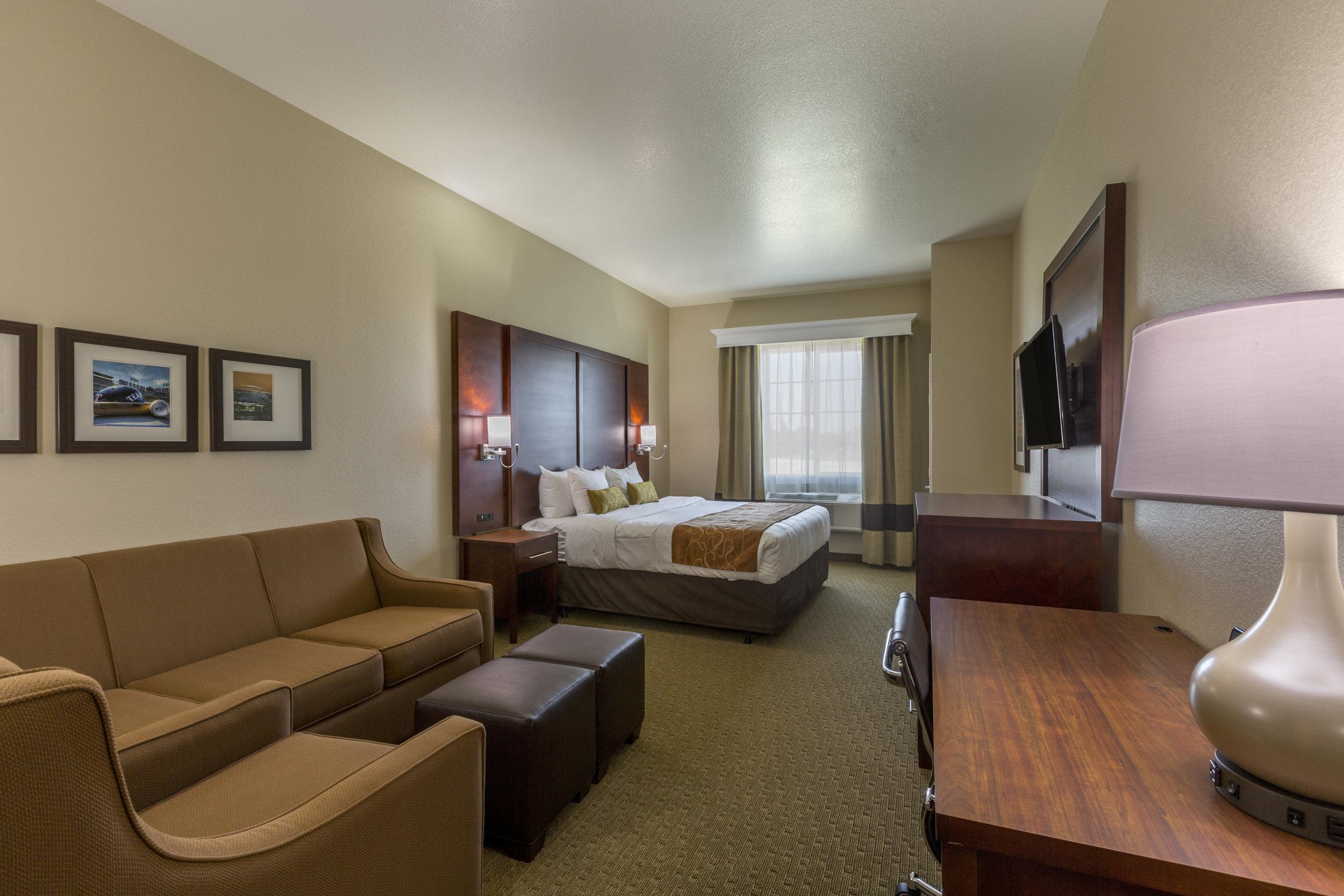 Comfort Suites2220-Edit.jpg