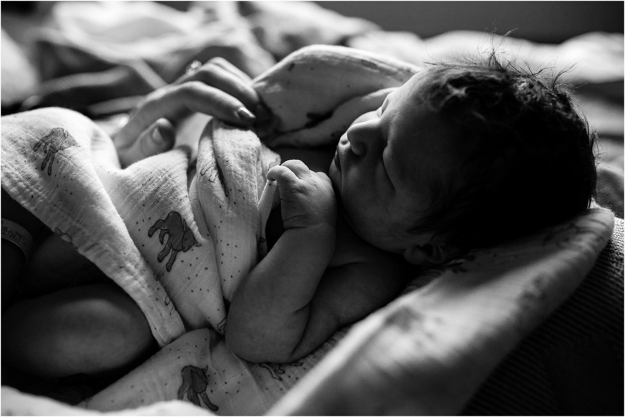 Edmonton newborn photography - Sara Jewell