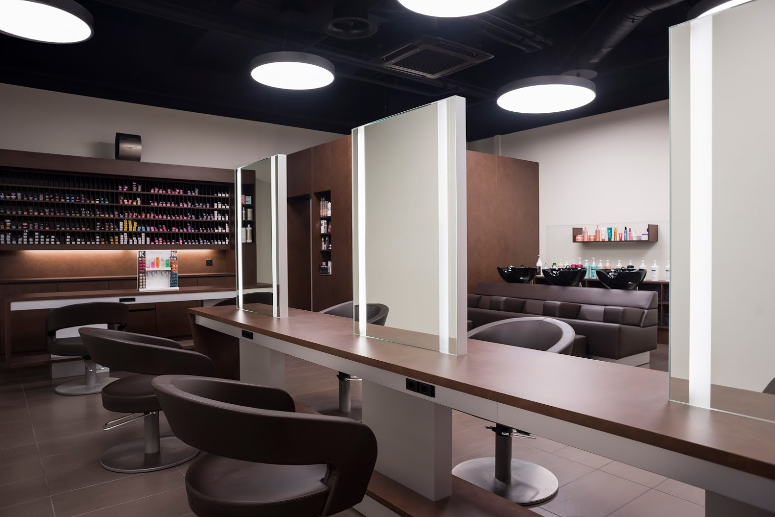 Coiffeur-Herblingen-Hair-Terminal-Stühle