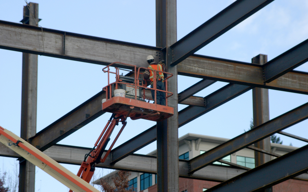 steel erection by Pinnacle Precast and Steel Erectors (PPSE)