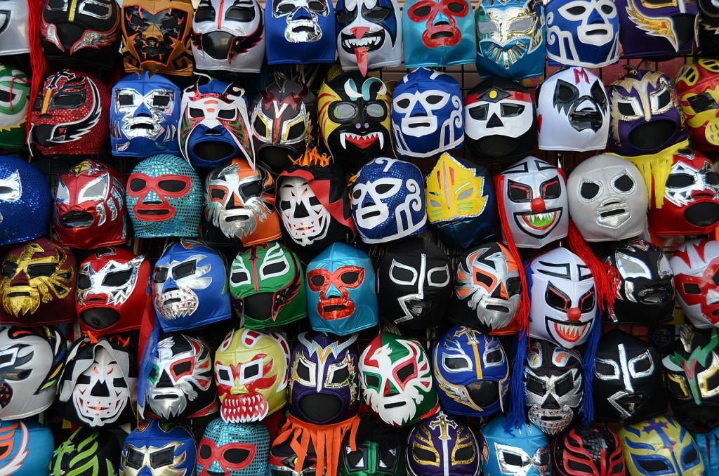 1280px-Lucha_libre_máscaras-1024x678.jpg