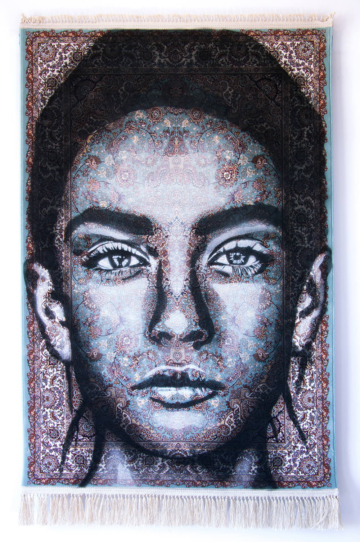 ZUMURRUD  - Spray paint on Traditional Carpet / 150x100 cm / 2018