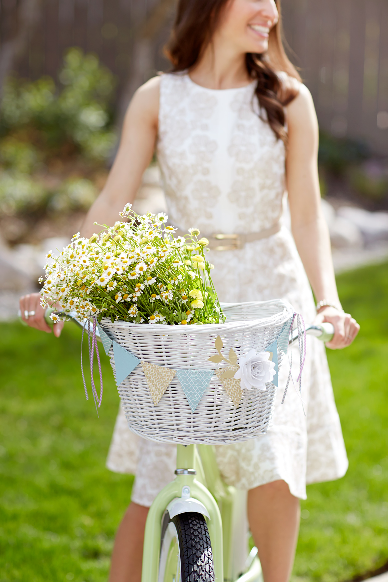 Lifestyle photography Derek Israelsen Flowers Basket