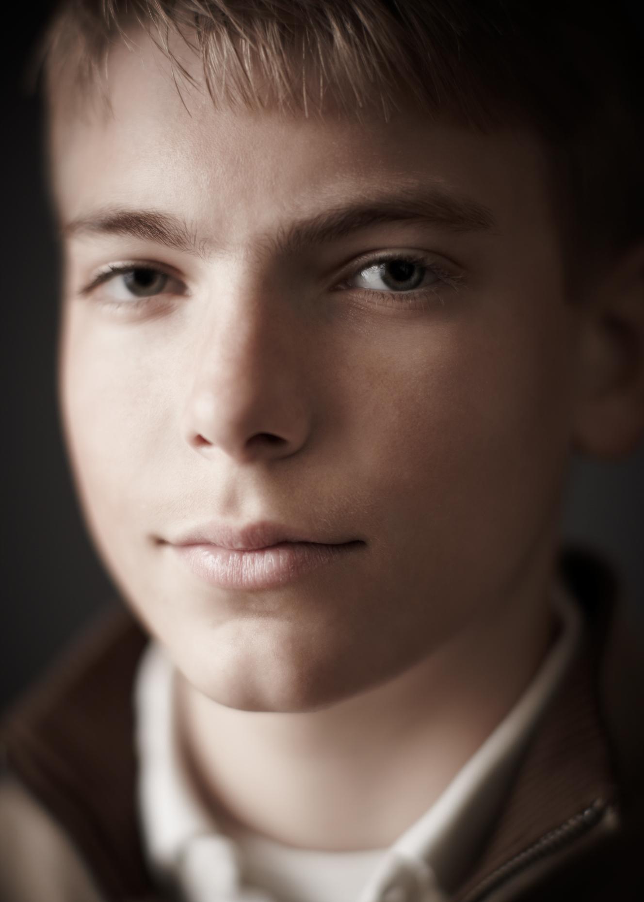 Portrait Photography Derek Israelsen Kid UpClose