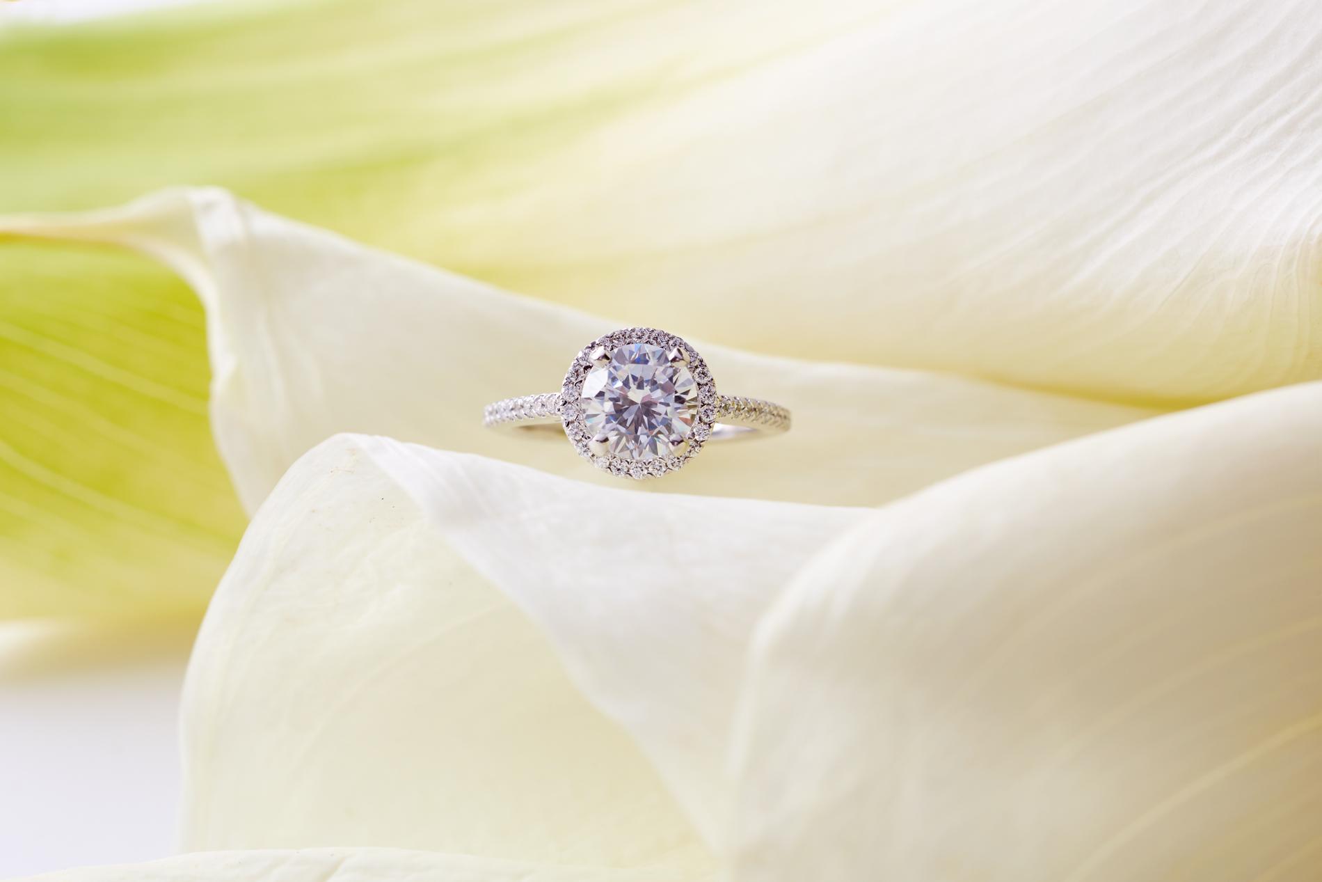 Product photography Jewelry Derek Israelsen Halo Diamond Yellow
