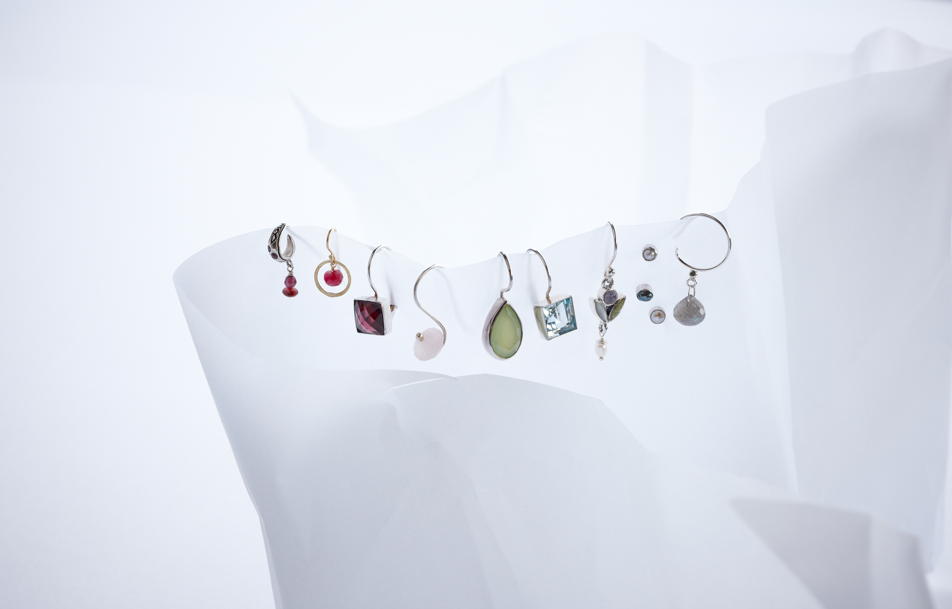 Product photography Jewelry Derek Israelsen Earrings Hanging