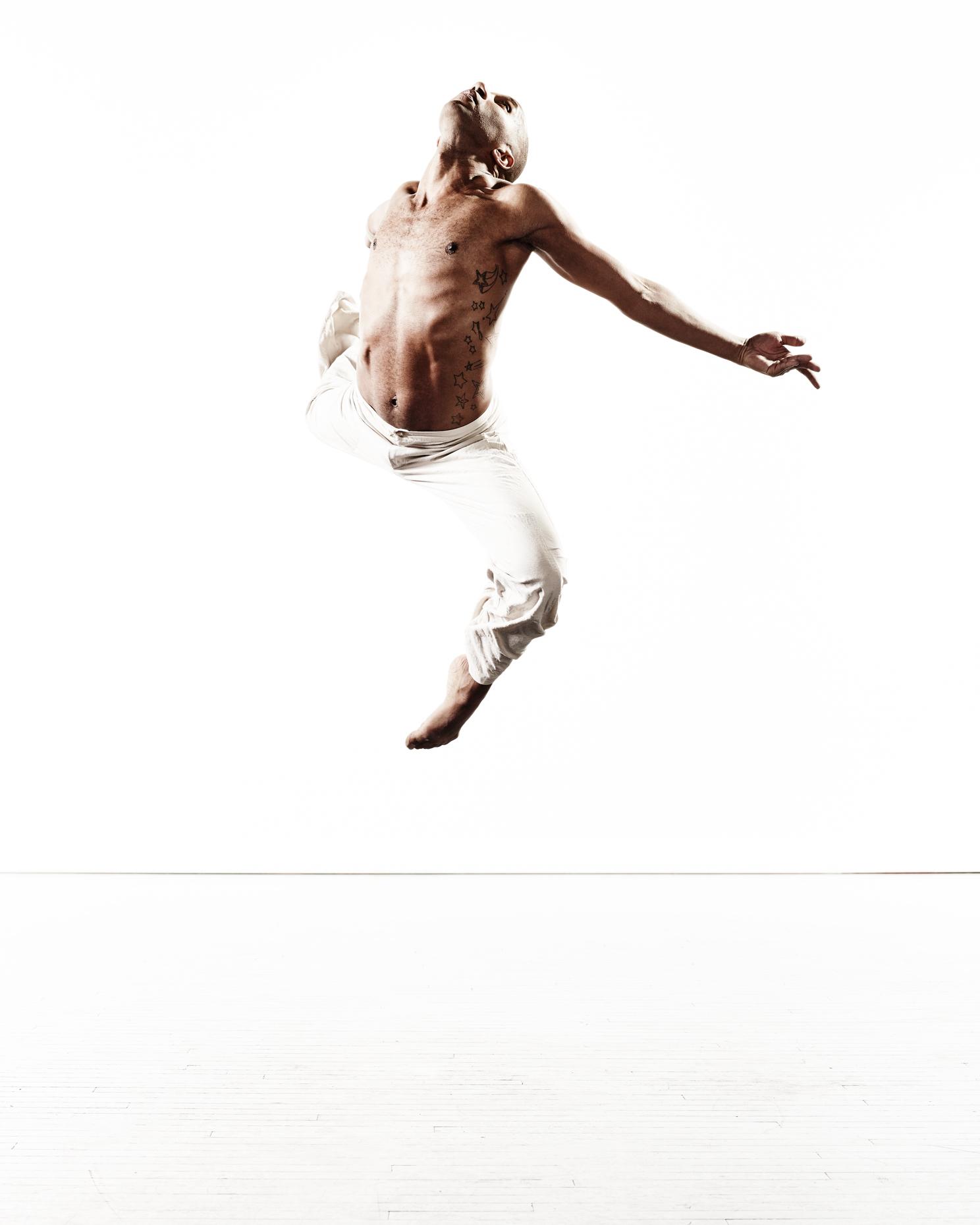 Ririe-Woodbury Derek Israelsen 002 Male Dancer