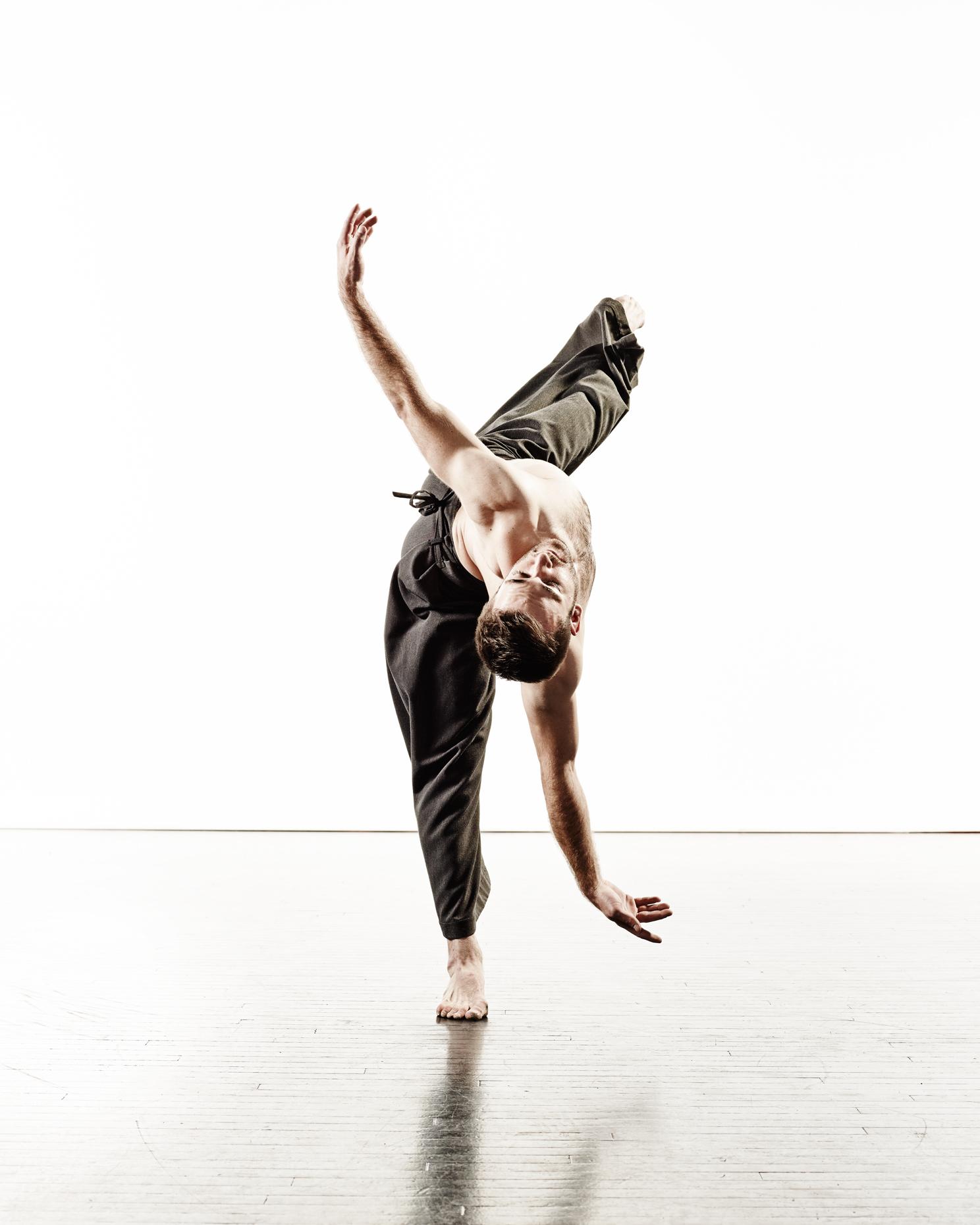 Ririe-Woodbury Derek Israelsen 006 Male Dancer