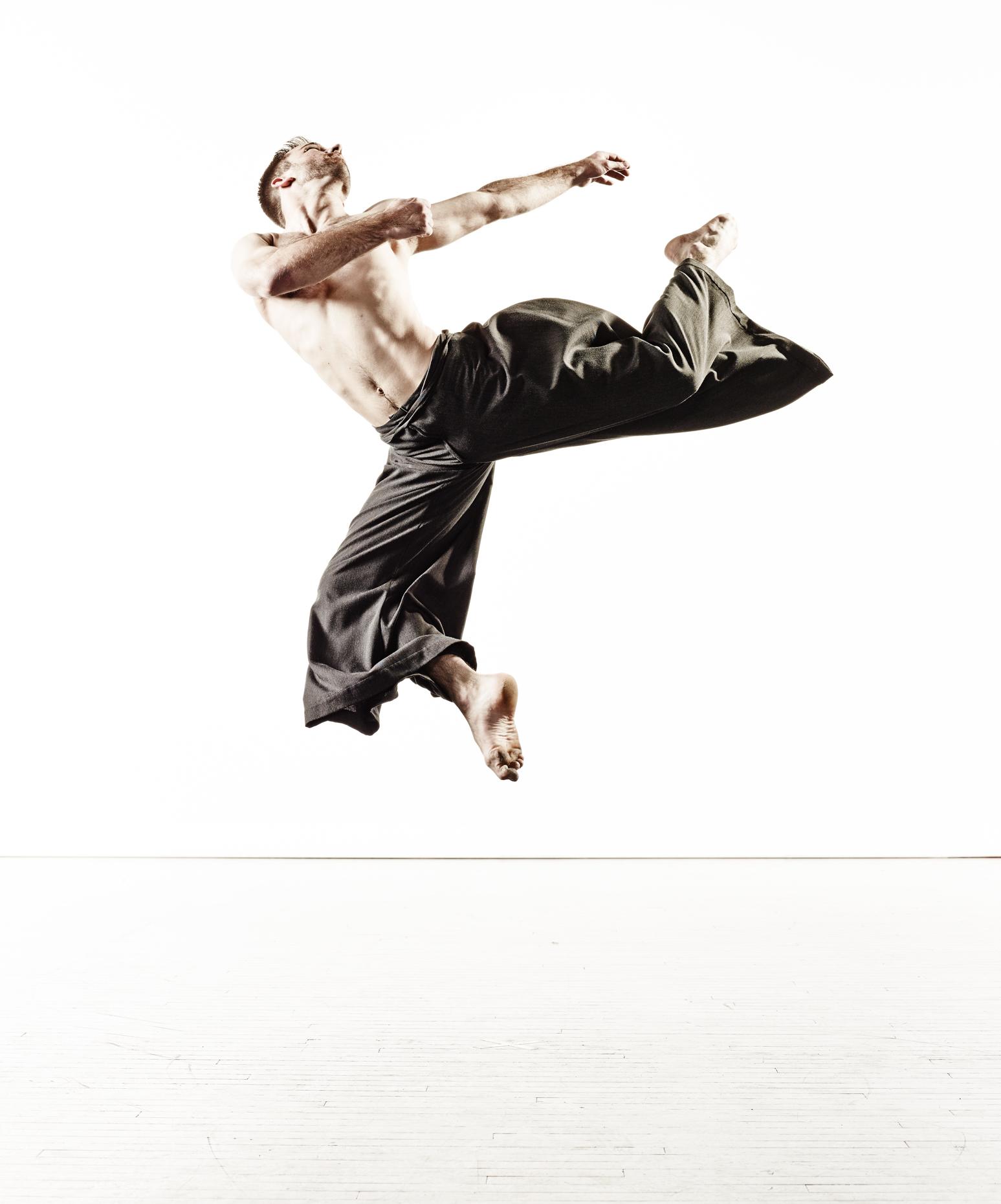 Ririe-Woodbury Derek Israelsen 015 Male Dancer Jump